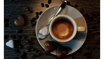 Endulzar el café, ¿necesidad o mala costumbre?
